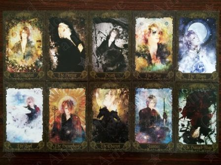KAMIJO : The Complete Series of Tarot Cards = The 'Louis〜艶血のラヴィアンローズ〜' Series + The 'SYMPHONY OF THE VAMPIRE' Series
